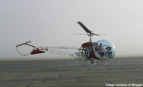 The Bell 47G variant features metal rotor blades.