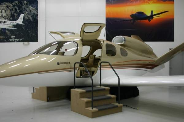 Cirrus Vision SF50 is a seven-seat single engined light business jet designed and manufactured by Cirrus Design Corporation (CDC), US. Image courtesy of Jackmar1.