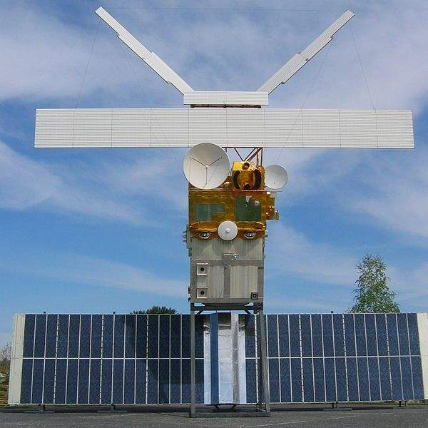Koreasat-7 is a communications satellite scheduled to be launched into the geostationary transfer orbit (GTO) in 2016. Image courtesy of Poppy.