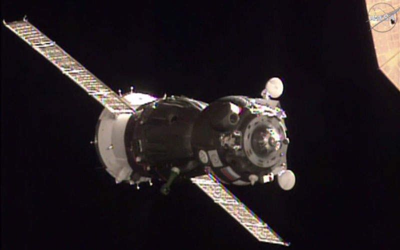 Soyuz TMA-19M spacecraft includes orbital, descent, and instrumentation and propulsion modules.