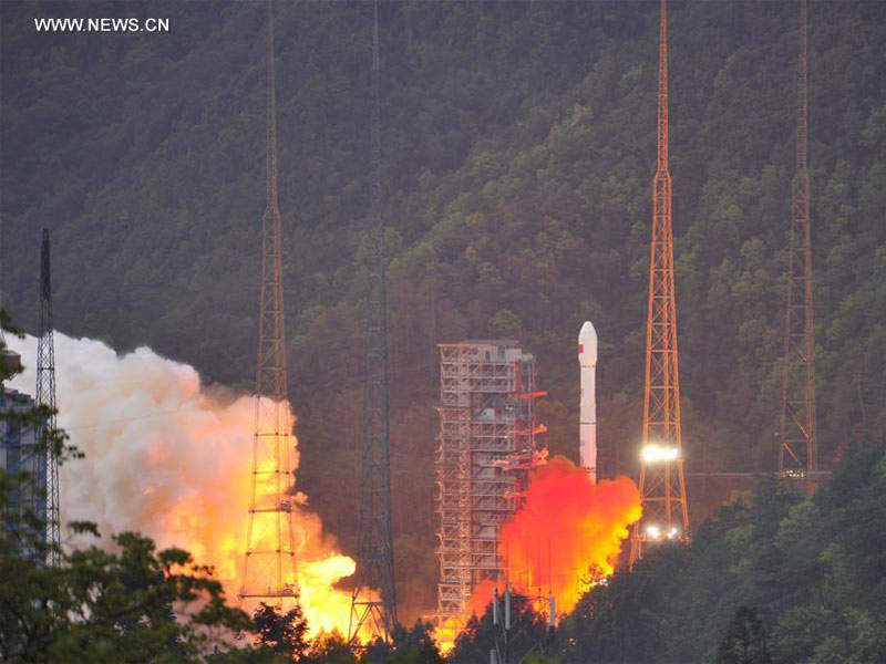 Shijian-13 satellite will be designated as Zhongxing-16 (ChinaSat-16) during operational phase. Image courtesy of Xinhua/Ye Lefeng.