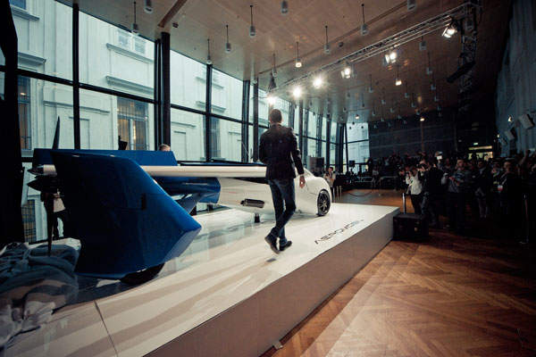 The AeroMobil 3.0 prototype was unveiled in October 2014. Image courtesy of AeroMobil.