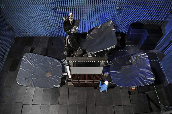Intelsat 23 (IS-23) Communication Satellite - Aerospace