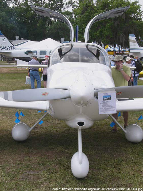 Frontview of RV-10 featuring gull-winged doors.