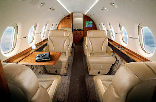 The versatile cabin of the Hawker 900XP allows a large variety of layouts with each aircraft interior being designed to satisfy the requirements and tastes of the individual customer.