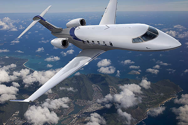 The maximum operating altitude of Challenger 350 is 13,716m.