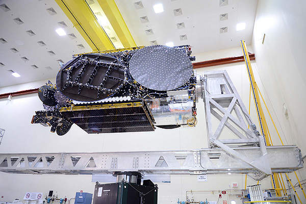 The Eutelsat 25B satellite was transported to the launch site located at the European spaceport in French Guiana in July 2013. Image courtesy of Space Systems/Loral.
