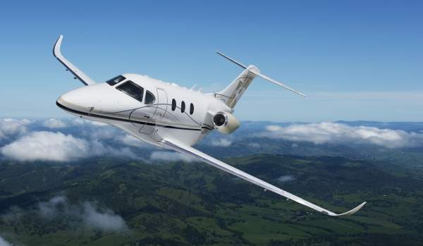 Hawker 200 performing its maiden flight. Image courtesy of Hawker Beechcraft Corporation.