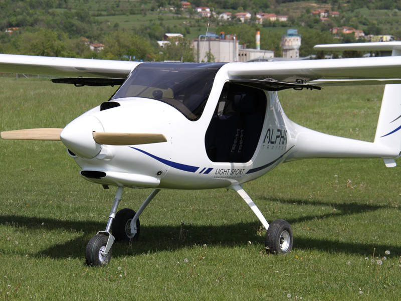 The trainer aircraft features a wooden propeller. Image: courtesy of Pipistrel.