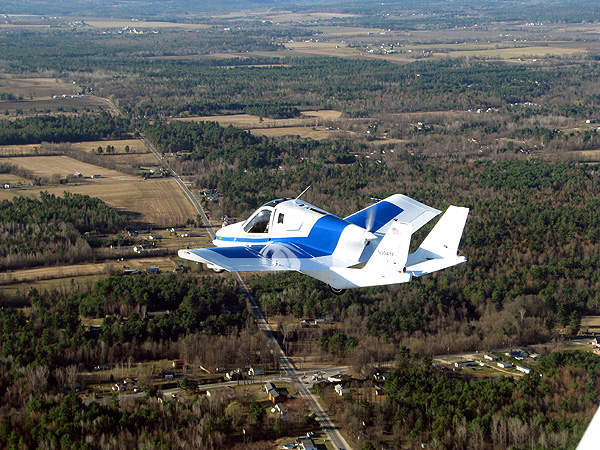 The prototype of the Transition flew at an altitude of 35m over the Plattsburgh International Airport in New York. Image courtesy of Terrafugia.