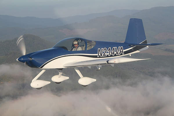 The aircraft has a fixed tricycle landing gear. Image courtesy of Van's Aircraft.