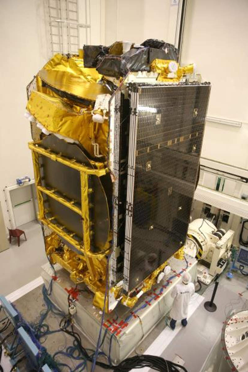 Eutelsat 172B is based on Eurostar E3000 platform developed by Airbus Defence and Space. Image courtesy of Airbus Defence and Space.