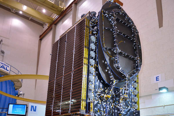 AsiaSat 8 spacecraft on the vibration table for thermal vacuum testing in December 2013. Image: courtesy of Asia Satellite Telecommunications Company.