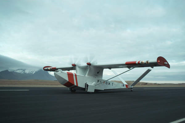 The Flyox I UAV can take-off and land from/on paved or unpaved runways, water, snow or ice. Image courtesy of Jvilata.