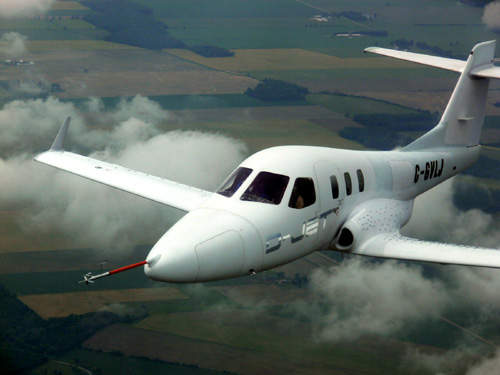 The D-Jet has a maximum cruise speed of 583km/h (315ktas) and a maximum range of 2,500km (1,350nm).