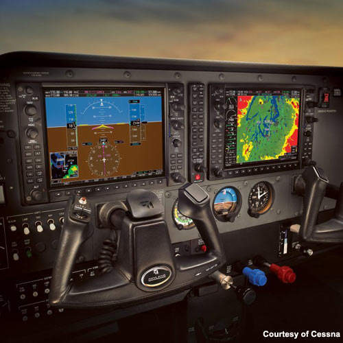 Skylanes are available with the Garmin G1000 glass cockpit, which provides all primary flight, engine and sensor data in real time.