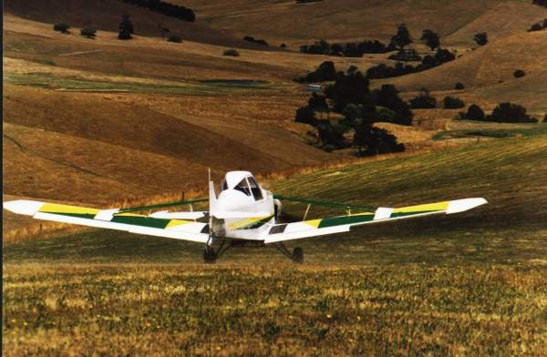 GA200 can operate from unprepared airstrips and grass runways. Image courtesy of GippsAero.