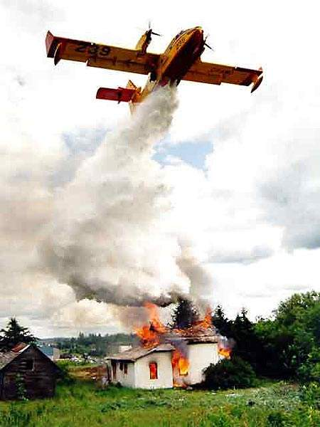 The Canadair 415 aircraft can remain on station for up to three hours, dropping typically nine tank loads of water on a fire.