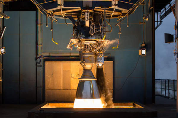 The Merlin 1D engine generates a thrust of 654kN (147,000lb) at sea level. Image: courtesy of Space Exploration Technologies Corporation.