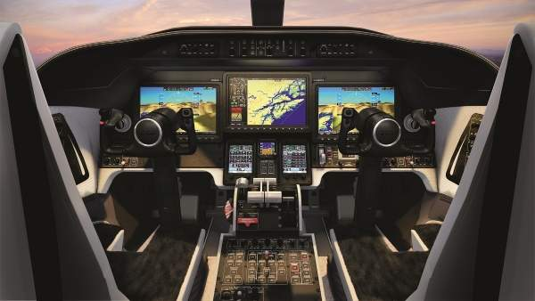 The Learjet 75 features Vision flight deck with state-of-the-art avionics.