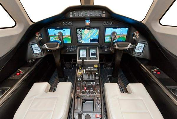 The cockpit of Cessna Citation Latitude is anchored by the new, fully integrated Garmin G5000 avionics system. Image courtesy of Cessna Aircraft Company.