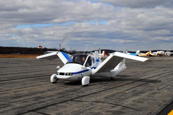 The Transition has automated electromechanical folding wings. Image courtesy of Terrafugia.