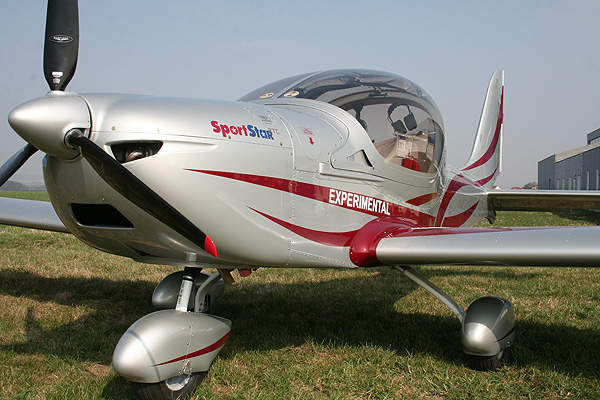 The aircraft features Rotax 912ULS engine. Image courtesy of EVEKTOR-AEROTECHNIK.