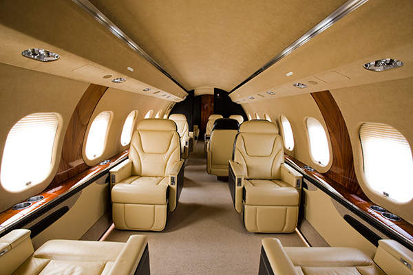 Global 6000 features a luxurious cabin with spacious seating arrangements.