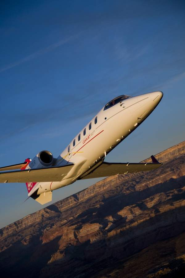 The Learjet 60XR can climb at the rate of 22.9m/s. Image courtesy of Bombardier Business Aircraft public relations.