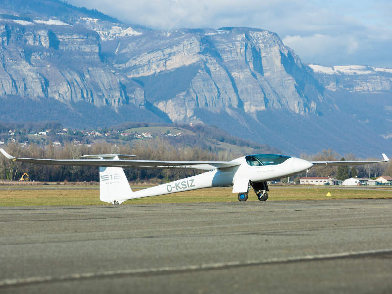 The motorglider has range of 1,759km (950nm). Image: courtesy of Stemme AG (www.stemme.com).