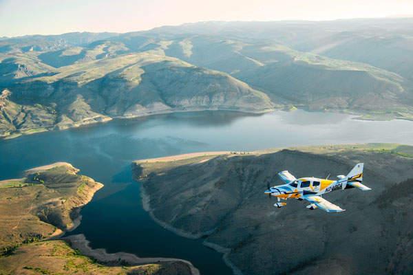 Cessna TTx offers a top speed of 235kts (435km/h).