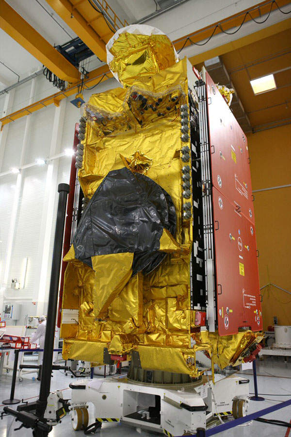 The satellite has a launch mass of 6,000kg and a spacecraft power of 14kW. Image courtesy of D. Marques / Astrium.