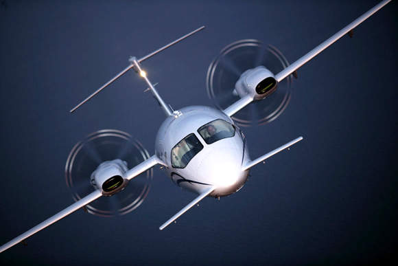 The pusher engines of the Avanti II direct sound toward the tail of the aircraft, minimising engine noise.