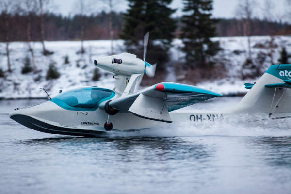 An Atol 650 aircraft operates on water during an amphibious manoeuvre. Image courtesy of Atol Avion.