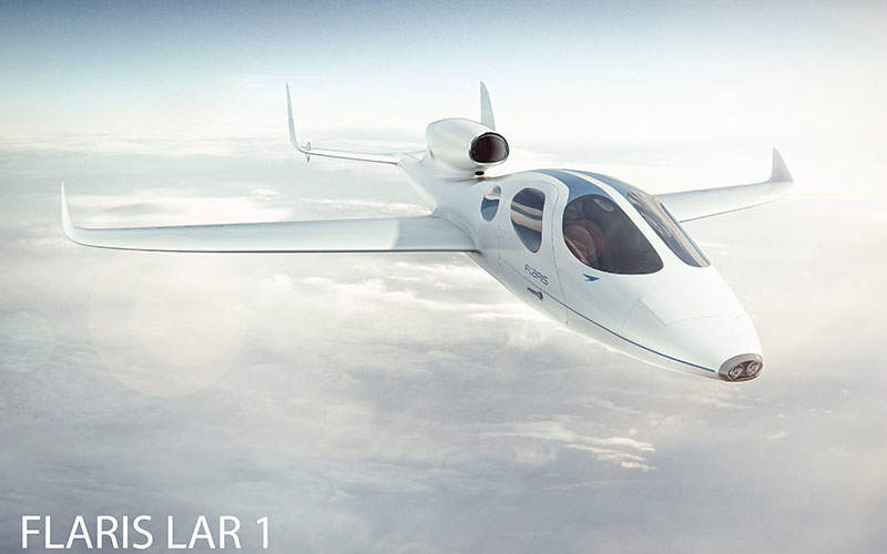 The business jet accommodates up to four passengers. Image: courtesy of Flaris LAR 1.