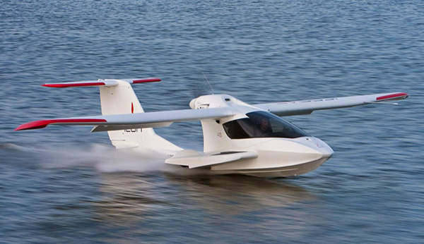 The sport plane can cruise at a maximum speed of 105kt.