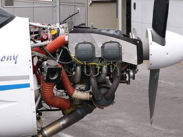 The SA-160 is powered by a single O-320-D2A aero piston engine designed and manufactured by Lycoming Engines. Image courtesy of Ahunt.