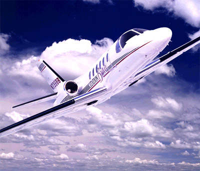 The range with full fuel and a maximum take-off weight is 3,232km.