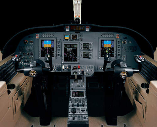 The Citation CJ3 flight deck is fitted with the Rockwell Collins ProLine 21 avionics system.