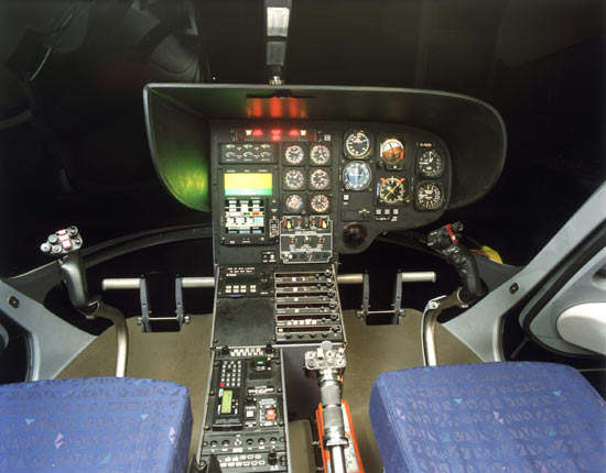 The cockpit of the EC 135.