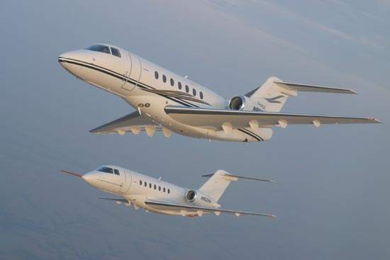 The Hawker 4000 features all-composite fuselage for lightness and strength and swept aluminium wings for speed.