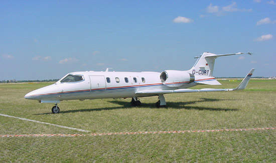 Learjet 31A, operated by Düsseldorf-based Air Traffic.