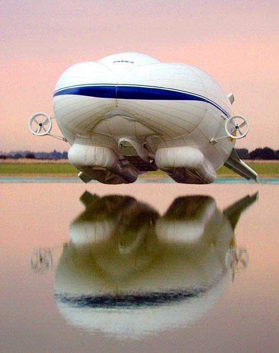 The Sky Kitten prototype first flew in 2000, a proof of principle for the lifting body and the air-cushioned landing system.