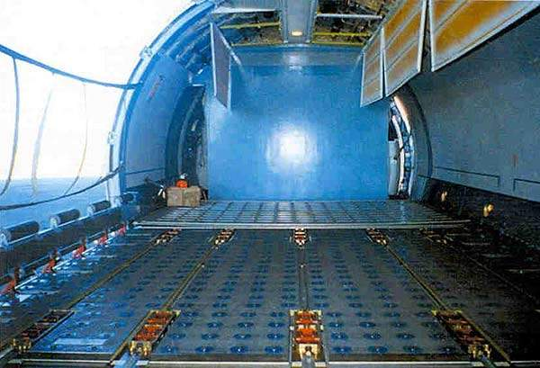 The Cargo-Passenger aircraft can transport up to 164 passengers or 25.2t of cargo.