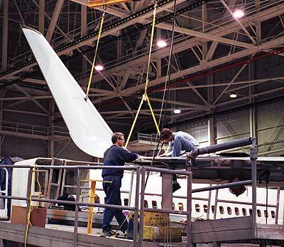 Aviation Partners Boeing winglets and CFM56-7 engines (offering 27,000lb of thrust) are standard equipment.