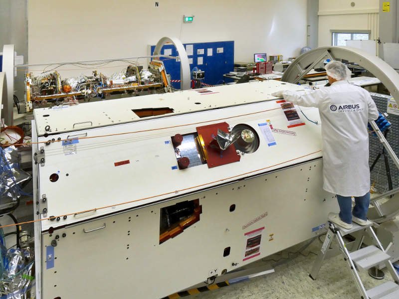 A technician inspecting a satellite for GRACE-FO Mission. Credit: Airbus DS GmbH-A.Ruttloff.