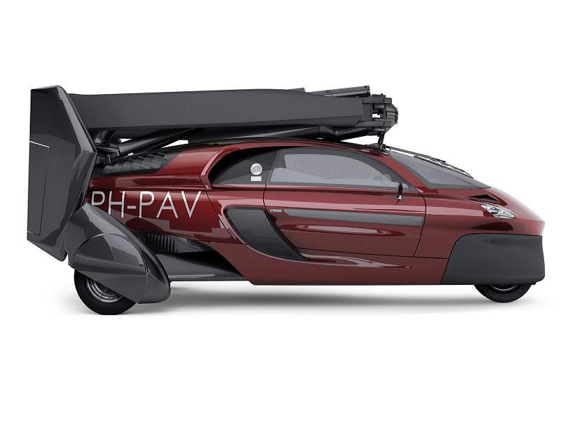 The PAL-V Liberty flying car will be launched at the Geneva Motor Show in March 2018. Credit: PAL-V International.