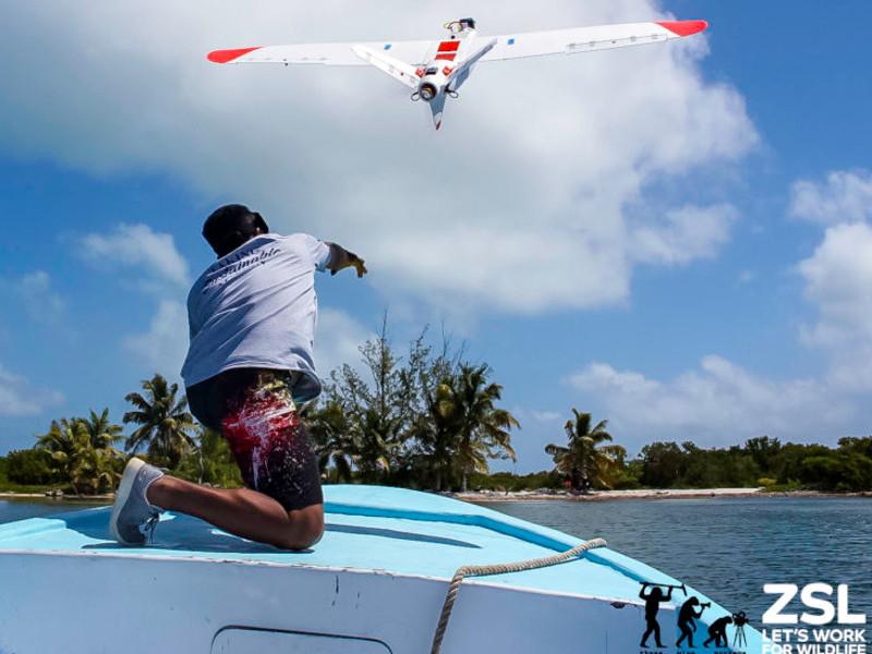 Aeromapper Talon amphibious UAV is built on a fully waterproof platform. Credit: Aeromao Inc.