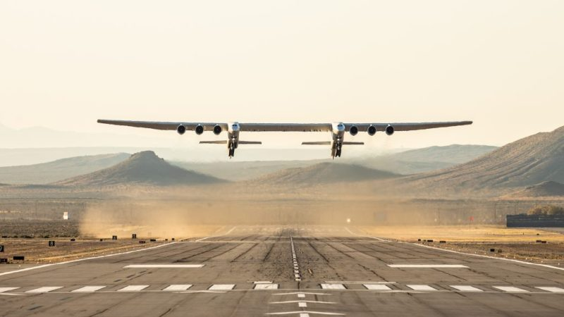 Stratolaunch world's largest aircraft