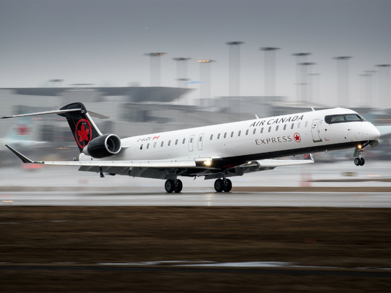 CRJ900 aircraft in the Air Canada Express livery. Credit: Bombardier Aéronautique - Commercial Aircraft.
